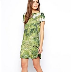 Womens Ted Baker Dress Size 2 Stunning! (#93)